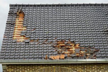 reparation de toit après intempéries Grandcamp maisy